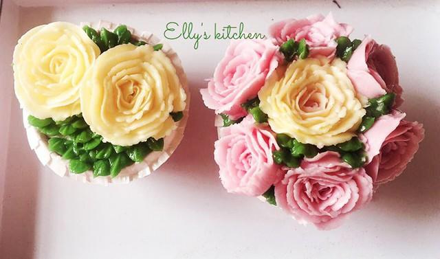Cô cũng cập nhật một số kỹ năng nấu nướng mới nổi như bắt hoa bằng kem bơ, khiến người hâm mộ ngỡ ngàng. Các món bánh ngọt cũng nằm trong danh sách khoái khẩu của gia đình Elly Trần.
