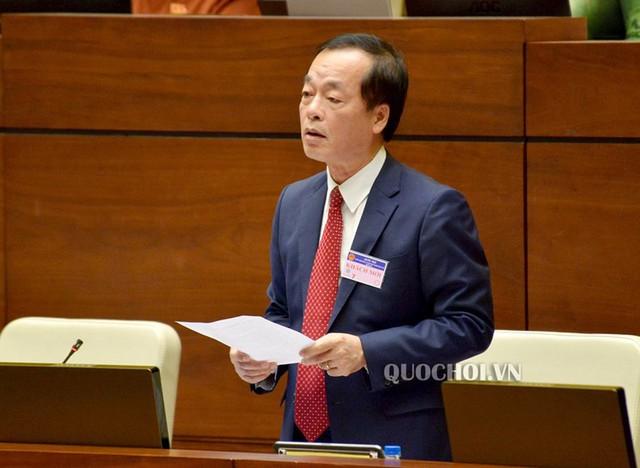 Bộ trưởng Bộ Xây dựng Phạm Hồng Hà trả lời chất vấn các ĐBQH.