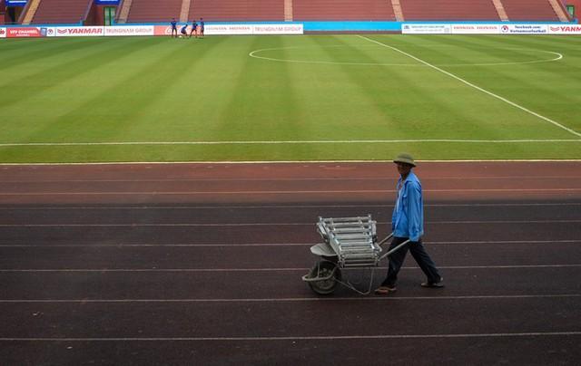 Trước đây tình Phú Thọ cũng chưa bao giờ tổ chức một trận bóng đá chuyên nghiệp, do địa phương không có câu lạc bộ bóng đá.