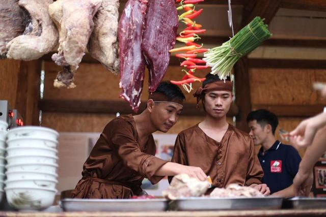 Gian hàng phở xưa trong Lễ hội Văn hóa ẩm thực Hà Nội 2019.