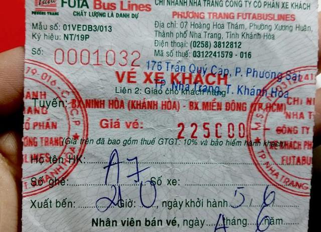 Chiếc vé chị Hằng mua của hãng Phương Trang ngày 5/6. Ảnh: NVCC.
