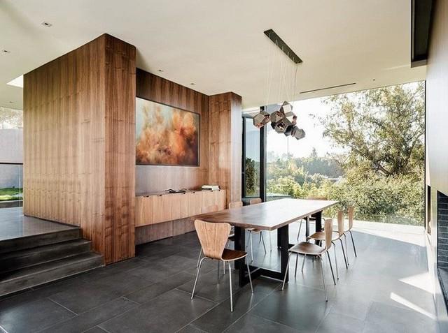 Nội thất gỗ óc chó của GL Veneer được sử dụng cho phòng ăn.