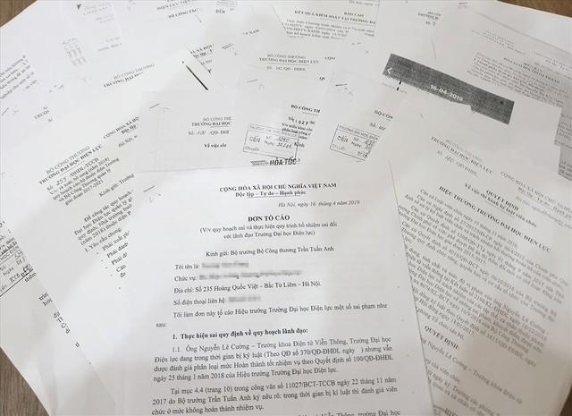 Đơn thư tố cáo vụ việc đã được cán bộ, giảng viên ĐH Điện Lực gửi tới Bộ Công thương, Bộ Giáo dục và Đào tạo, Bộ Nội vụ.