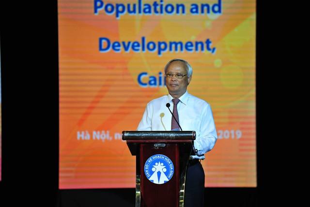 Phó Chủ tịch Quốc hội Uông Chu Lưu: Nhanh chóng củng cố, kiện toàn tổ chức bộ máy và cán bộ làm công tác dân số - Ảnh 2.
