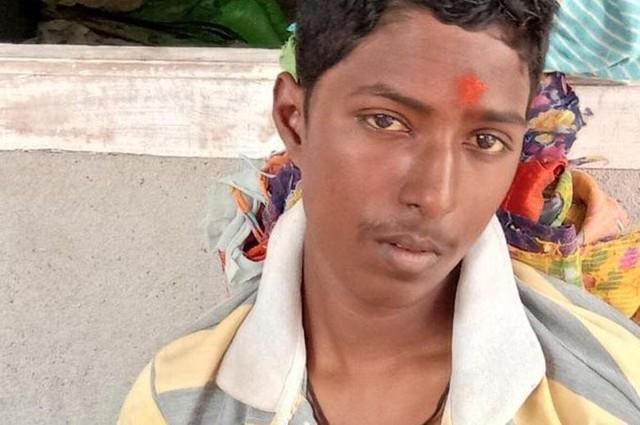 Gandham Kiran sống lại sau khi các bác sĩ tuyên bố cậu đã chết não. Ảnh: Mirror.