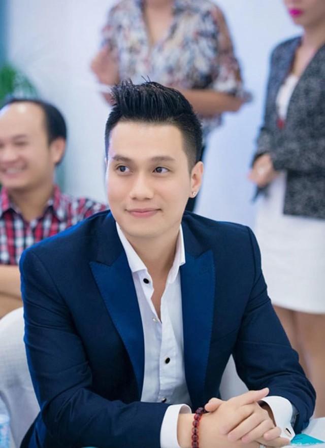 Không chỉ bây giờ,  diễn viên Việt Anh đã có quá trình dài để nâng cấp nhan sắc khác lạ - Ảnh 2.