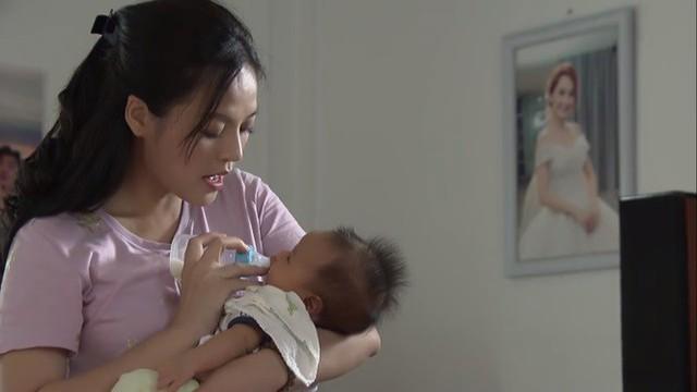 Về nhà đi con tập 63: Nhã bắt đầu tung chiêu tán tỉnh Vũ dù biết Thư vừa sinh con - Ảnh 2.