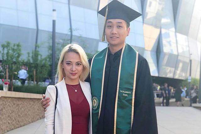Theo một số nguồn tin, bạn trai Xuân Nghi có tên là Kenny Minh Vũ. Cả hai đã có 6 năm gắn bó bên nhau. Xuân Nghi gặp gỡ bạn trai sau khi sang Mỹ du học.