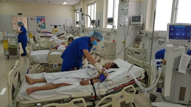 Nam bệnh nhân đã ổn định sau 1 ngày phẫu thuật.