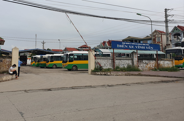 Từ lâu, bến xe khách TP Vĩnh Yên (ngay gần KCN Khai Quang) chỉ có xe buýt ra vào mà vắng xe khách liên tỉnh.