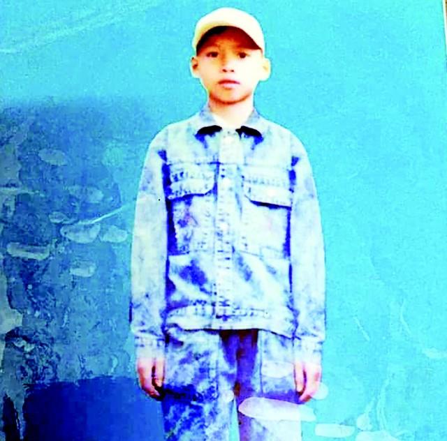 12 năm khóc thầm, người mẹ lặn lội tìm kiếm con trai mất tích bí ẩn - Ảnh 1.