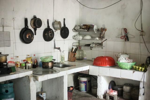 Con trai của nữ công nhân xấu số bị tài xế taxi đâm tử vong ở Hà Nội: Nhà chưa kịp xây mà mẹ đã đi rồi... - Ảnh 3.