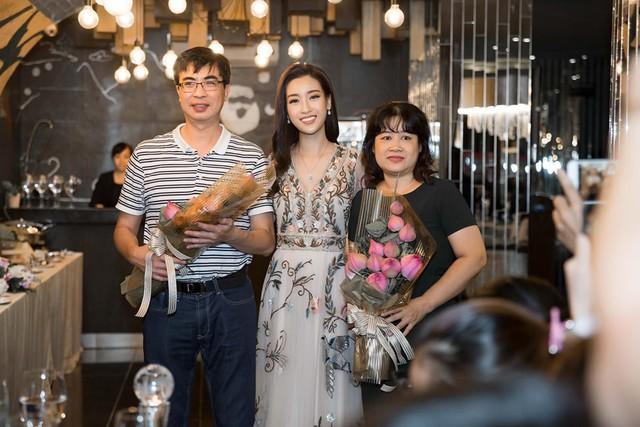 Hoa hậu Mỹ Linh đăng ký hiến tạng: Được truyền cảm hứng từ câu chuyện bé Hải An - Ảnh 1.