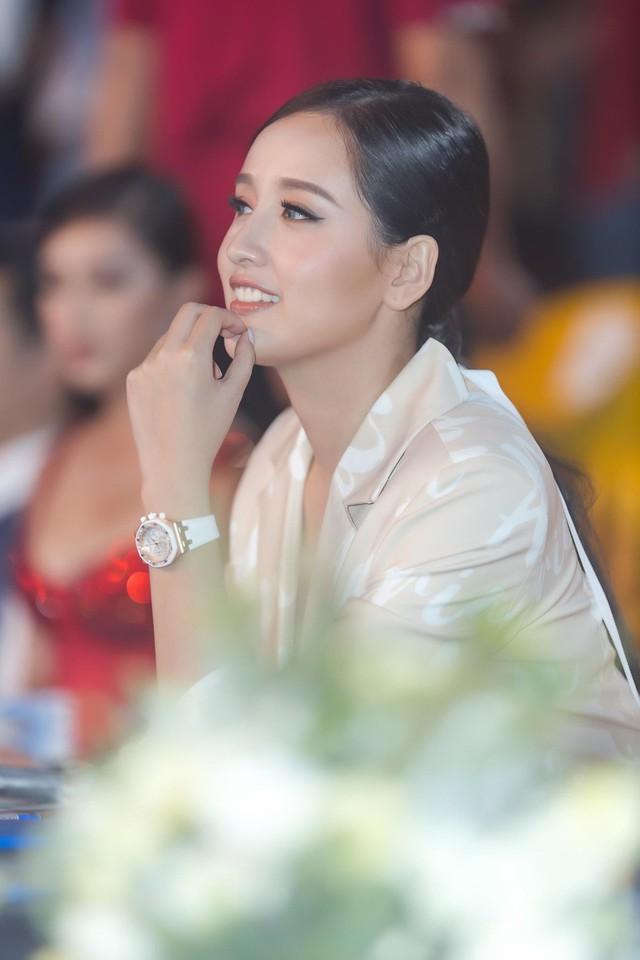 Mai Phương Thúy gắn bó với bạn trai đã lâu nhưng chưa tính đến chuyện kết hôn.