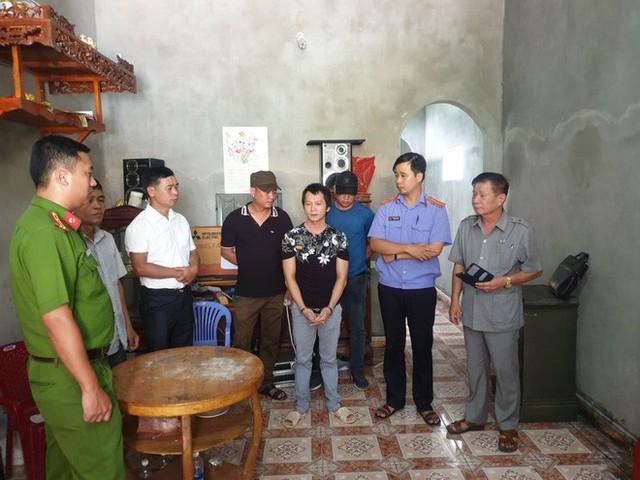 Vương Văn Hùng trong buổi thực nghiệm chiều 18/7. Ảnh: Thu Trang
