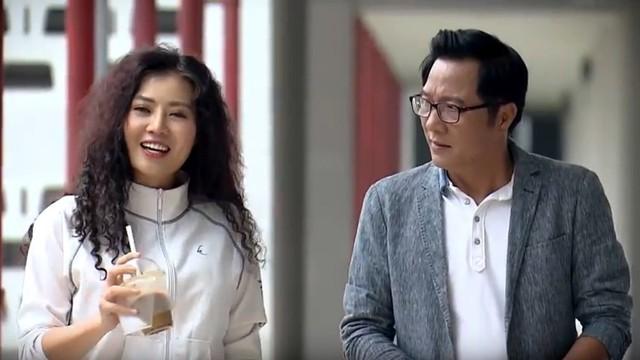 Cặp đôi ông Phú (Trọng Trinh) và cô Linh (Thanh Hương) trong Nàng dâu order