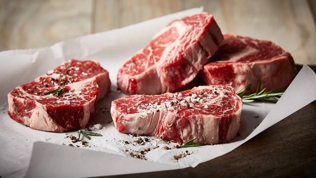 Trong loại thịt này, thịt chế biến nên tránh hoàn toàn hoặc hiếm khi ăn đến.