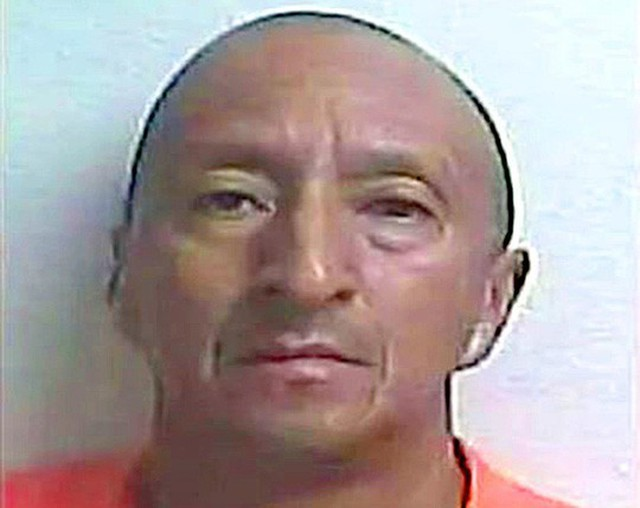Alex Bonilla, 49 tuổi, bị cáo buộc có hành vi hung bạo với hàng xóm. Ảnh: GILCHRIST COUNTY SHERIFFS OFFICE