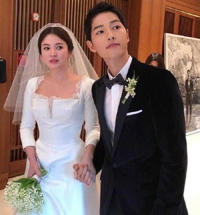 Song Joong Ki và Song Hye Kyo kết thúc sau 20 tháng làm lễ cưới.