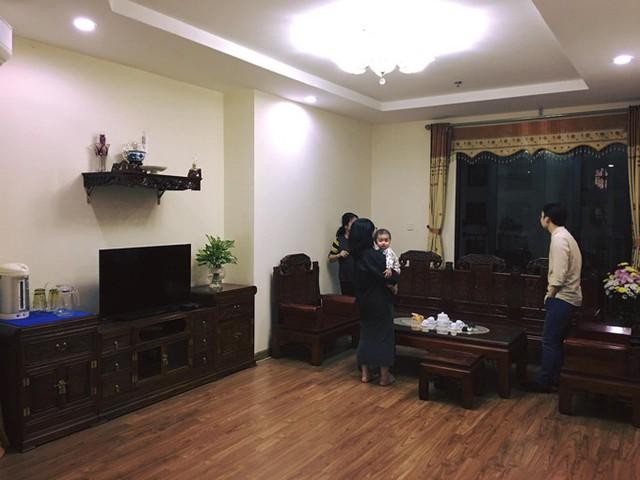 Căn hộ mà vợ chồng Yến Nga (1992) và Minh Thành (1991) mua lại có diện tích 120 m2, nằm tại Hà Nội.