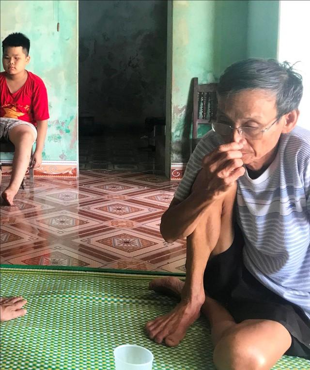 Ông Nguyễn Văn Toàn chưa nguôi đau thương về sự ra đi mãi mãi của con trai
