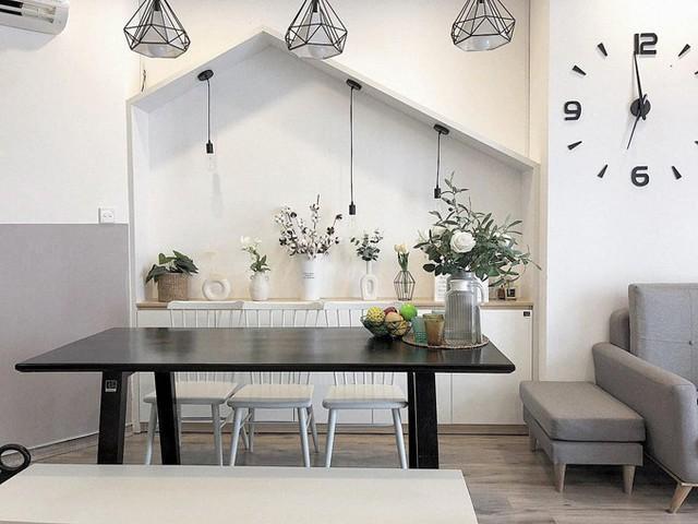 Cả hai vợ chồng tìm đến đối tác thiết kế nội thất để phác thảo ý tưởng, cải tạo nhà trong vòng 1 tháng.