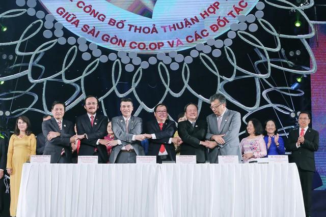 HDBank và Saigon Co.op ký kết hợp tác toàn diện - Ảnh 1.