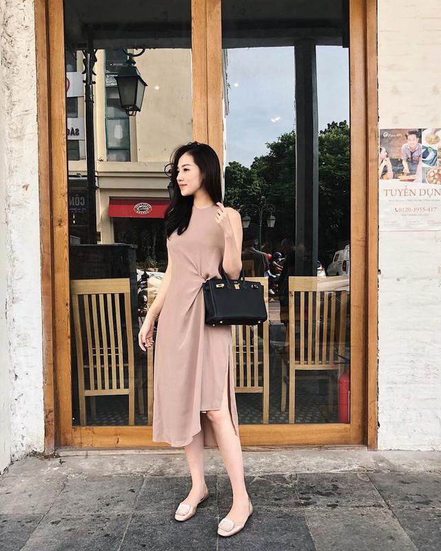 Ăn mặc sành điệu là phải chọn chuẩn từ giày dép: 5 gợi ý từ sao Việt giúp bạn hoàn thiện tủ giày - Ảnh 1.