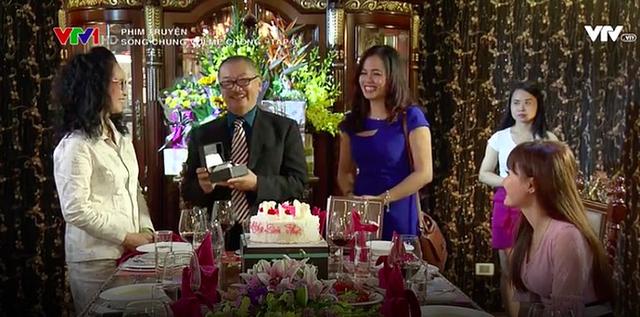 Cân đo gu thời trang của 2 mẹ chồng Bảo Thanh: Trên phim thì khác xa nhưng ngoài đời thì 8 lạng, nửa cân - Ảnh 17.