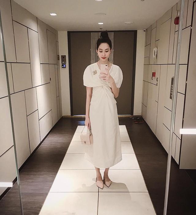 Ăn mặc sành điệu là phải chọn chuẩn từ giày dép: 5 gợi ý từ sao Việt giúp bạn hoàn thiện tủ giày - Ảnh 5.