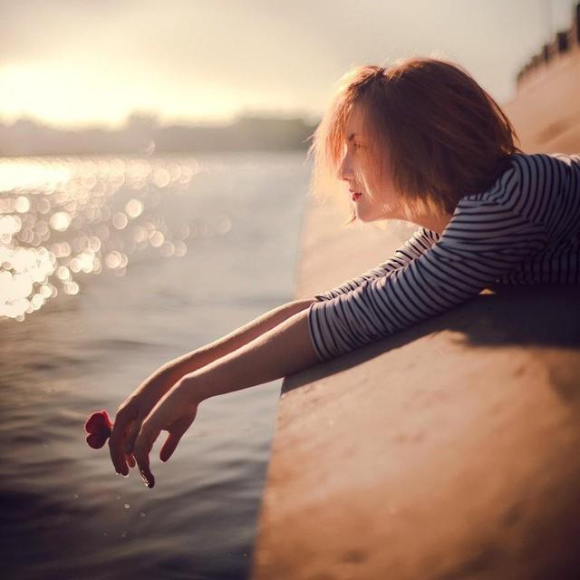 """18 điều giúp chị em  phụ nữ bước qua cảm xúc tiêu cực """"chán đời"""" - Ảnh 1."""