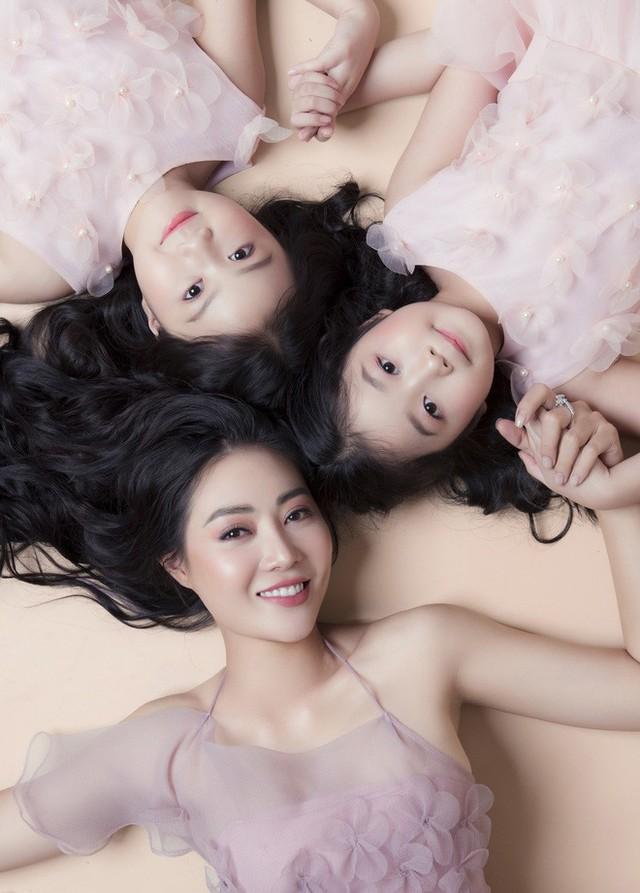 Thanh Hương nói về 2 cô con gái xinh như thiên thần: Với các con, tôi là thần tượng - Ảnh 2.