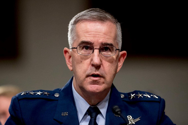 Đại tá Mỹ cáo buộc bị đại tướng 4 sao xâm hại tình dục - Ảnh 1.
