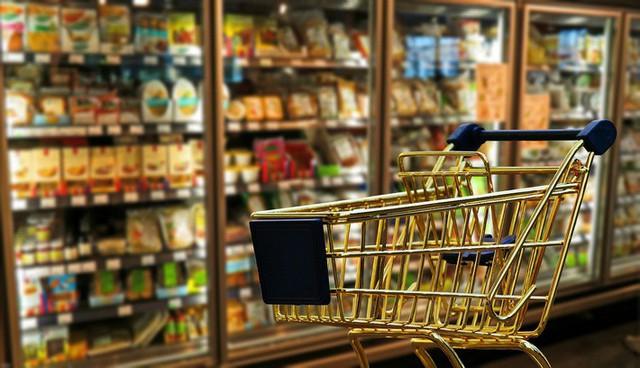 6 thói quen sai lầm khi đi siêu thị khiến ngân quỹ gia đình cứ thế bay đi mà bạn không hề để ý - Ảnh 2.