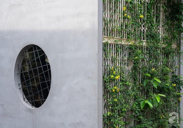 Ngôi nhà cửa xếp ở Hà Nội ai đi qua cũng phải dừng lại ngắm nhìn - Ảnh 15.