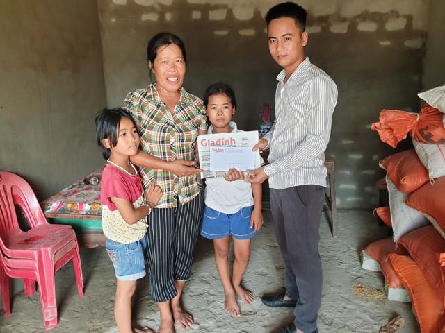 Bà Tâm cảm ơn Báo Gia đình & Xã hội cùng các nhà hảo tâm đã quan tâm, giúp đỡ gia đình.