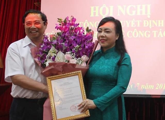 Bộ trưởng Nguyễn Thị Kim Tiến tiếp nhận chức vụ Trưởng ban chăm sóc sức khỏe cán bộ Trung ương - Ảnh 1.