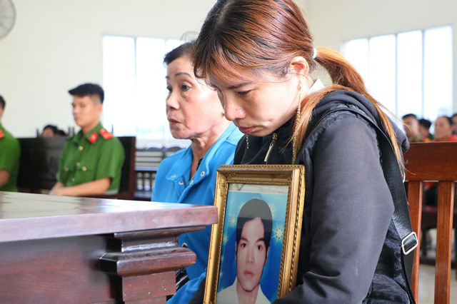 Sau 13 năm lẩn trốn, Huỳnh Thanh Tú mới chịu ra đầu thú. Ảnh: Lê Ánh
