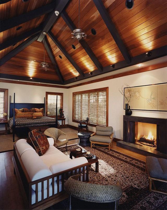 Mặc dù được ra đời từ rất lâu nhưng đến nay trần nhà bằng gỗ tự nhiên vẫn là lựa chọn của không ít gia đình.