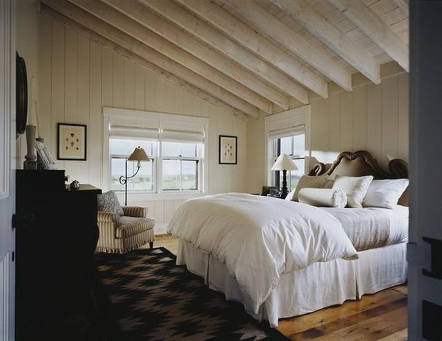 Nếu bạn có ngân sách hạn chế thì cũng có thể cân nhắc đến trần nhà bằng gỗ công nghiệp.