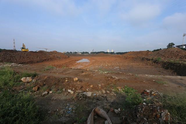 Hà Nội: Rào chắn nhiều tuyến đường phục vụ thi công đường đua F1 - Ảnh 1.