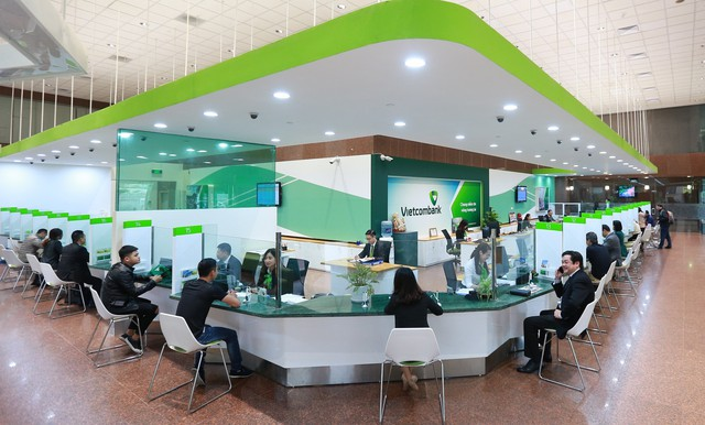 Vietcombank giảm lãi suất cho vay 5 lĩnh vực ưu tiên xuống 5,5%/năm - Ảnh 1.