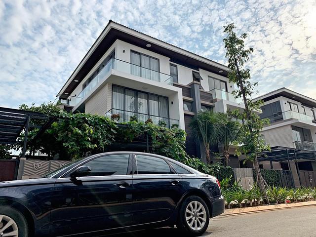 Ngoài biệt thự 30 tỷ ven sông Sài Gòn, Cao Thái Sơn còn sở hữu những căn hộ cao cấp nào? - Ảnh 3.