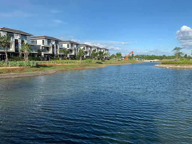 Ngoài biệt thự 30 tỷ ven sông Sài Gòn, Cao Thái Sơn còn sở hữu những căn hộ cao cấp nào? - Ảnh 4.