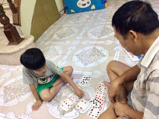 Dạy trẻ học chữ, tính nhẩm bằng trò chơi để trẻ thành trò giỏi trong 2 tuần - Ảnh 1.