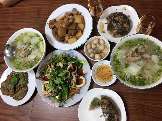 Những mâm cơm nấu trong một tiếng của Kiwi Ngô Mai Trang - Ảnh 8.