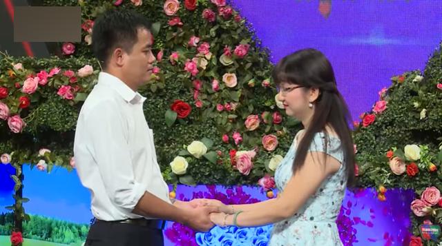 Bạn muốn hẹn hò: Em rể nữ chính khiến khán giả bức xúc khi thẳng thừng bóc phốt chị vợ trên sóng truyền hình - Ảnh 9.