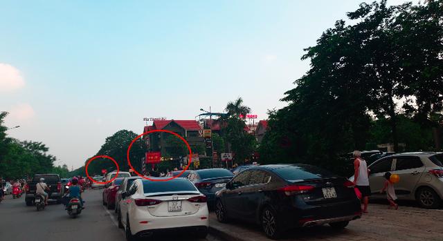 """Hà Nội: Bán đảo Linh Đàm được """"đặc cách"""" để 3 làn ô tô dưới lòng đường, vỉa hè? - Ảnh 2."""