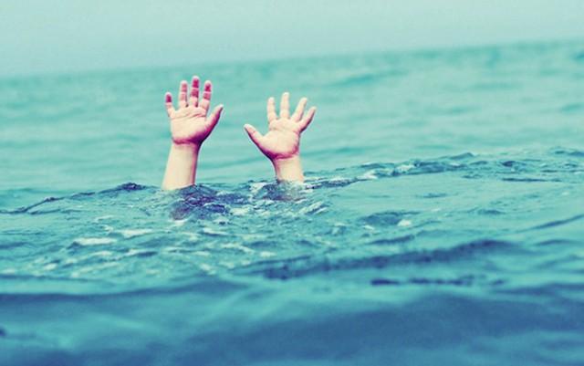 Bé trai 6 tuổi mất tích ở Nghệ An được tìm thấy tử vong dưới sông - Ảnh 1.