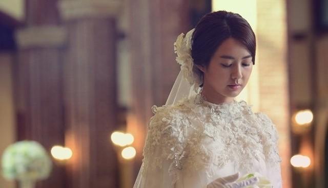 6 khó khăn mà chị em có thể gặp phải khi yêu và lấy chồng giàu, đáng sợ nhất là điều số 5 - Ảnh 1.